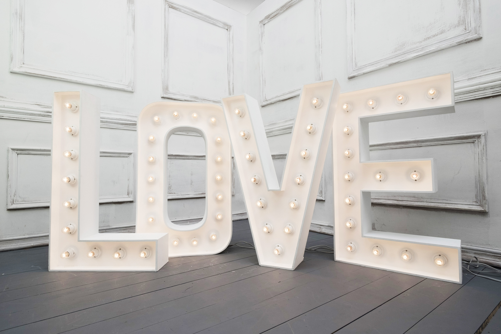 Custom made L O V E letters at wedding show