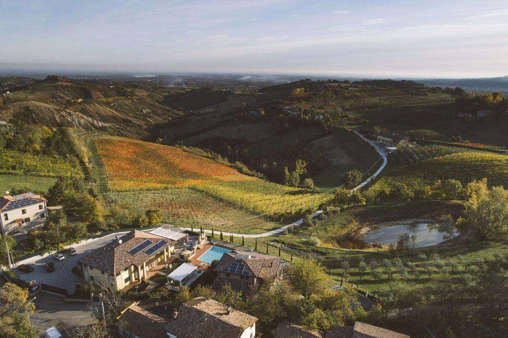 Tuscany farmhouse wedding venue